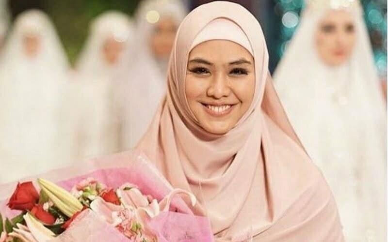 Ciri-Ciri Istri Sholehah Menurut Al Qur'an